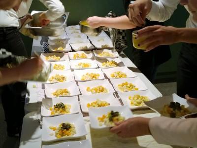 Social Dining 4